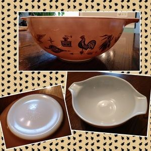 Vtg Pyrex 4 Qt brown bowl Cinderella 444